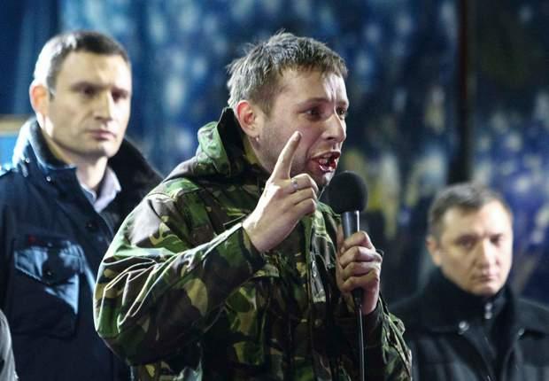 Наврядки тоді, у 2014 році, Януковича міг налякати Володимир Парасюк