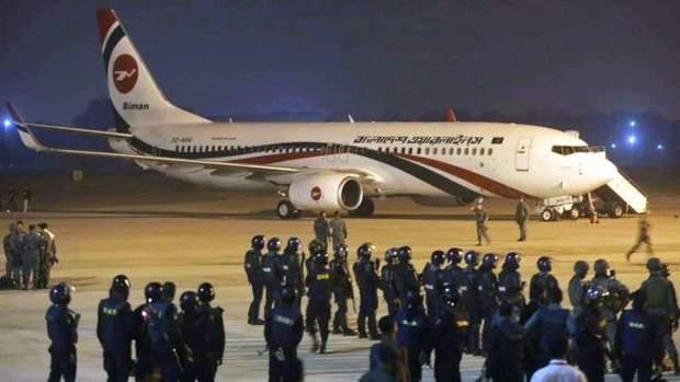 Бангладеш, авіація, стрілянина