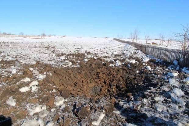 Бойовики обстріляли житлові будинки в Золотому і Новоолександрівці з мінометів російського виробництва