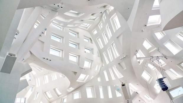 Центр здоровя мозку архітектура Лас Вегас Френк Гері