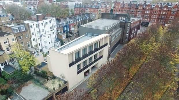 Маєток Фірташа на території колишньої станції метро в Лондоні