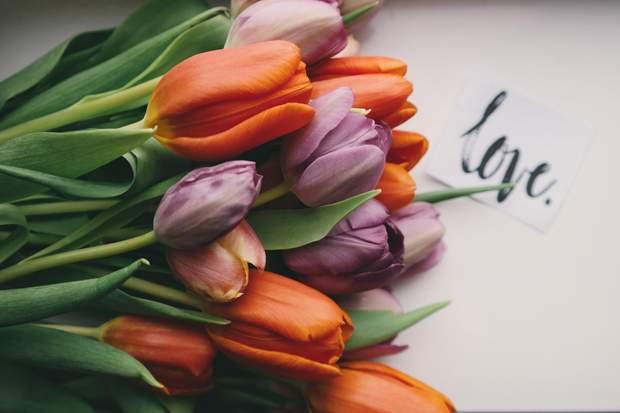 Привітання з 8 березня у віршах