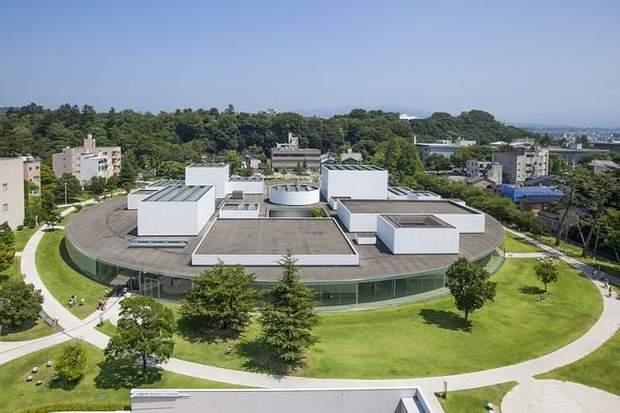 Музей сучасного мистецтва в місті Канадзава