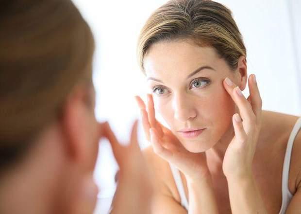 Очі можуть набрякати після блефаропластики