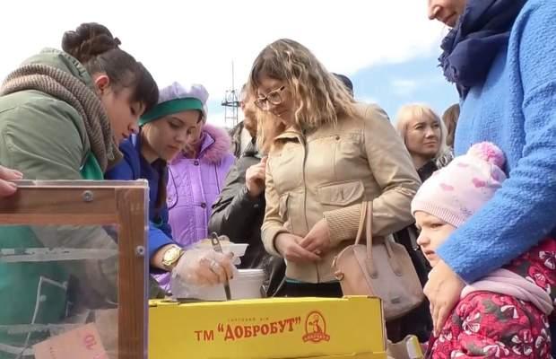 рекорд млинці черкащина допомога віталію хільченку