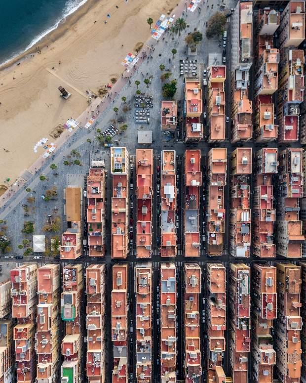 Барселона будинки архітектура пейзажі