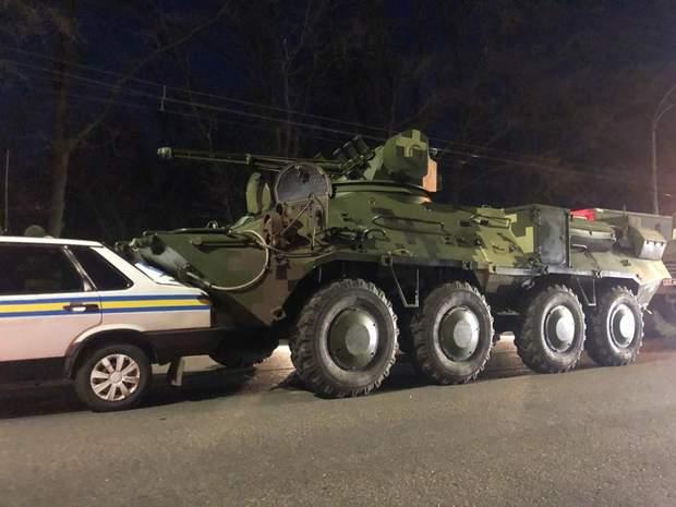 ДТП Київ аварія БТР автомобіль військова інспекція