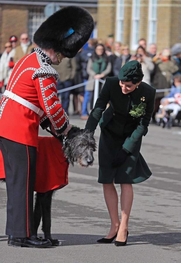 Дружина принца Вільяма – Кейт Міддлтон – на параді