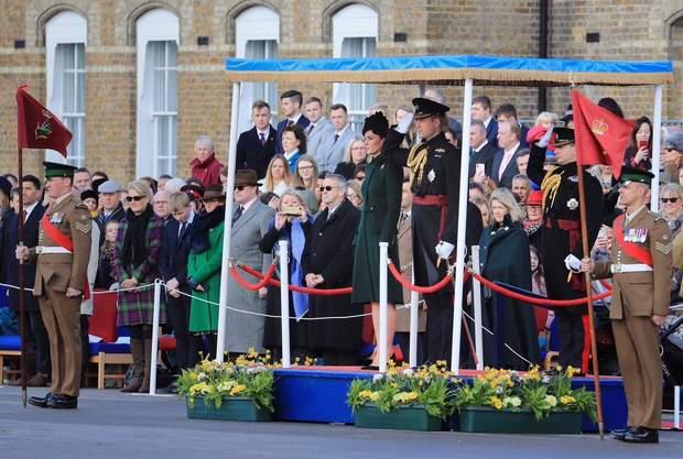 Кейт Міддлтон та принц Вільям на параді