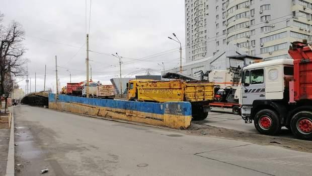 Ремонтні роботи на Шулявському мосту