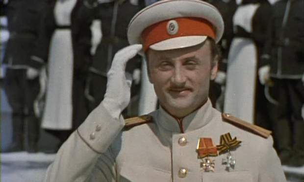 Марлен Хуцієв зіграв епізодичну роль у фільмі