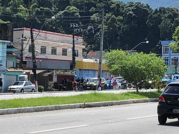 Бразилія, Уран, атака на поліцію