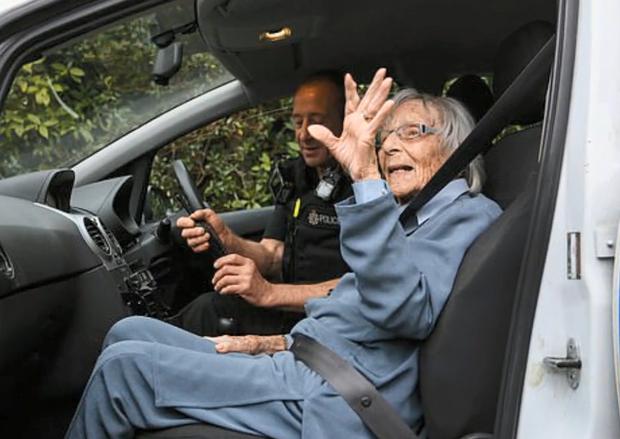пенсіонерка британія арешт мрія поліція 104 роки