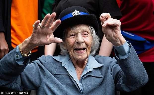 поліція 104 роки щастя мрія арешт