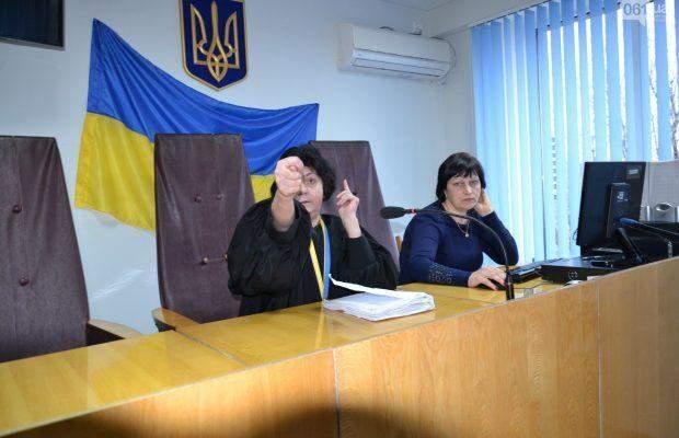 Суддя Лариса Щербань під час засідання