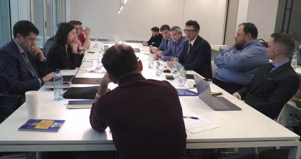 Засідання Володимира Зеленського з експертами щодо судової реформи