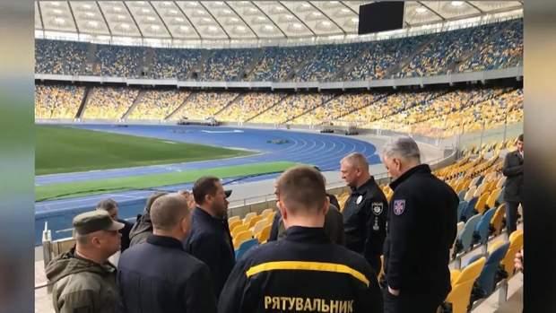 Правоохоронці, голова НПУ та заступник Авакова прибули на
