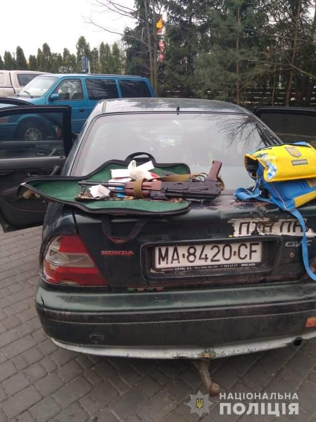 зброя обшуки рейдерство Київщина поліція розслідування