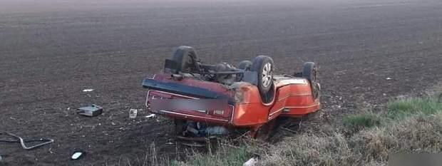 18-ти річний водій не отримав серйозних травм, але загинула 17-ти річна пасажирка
