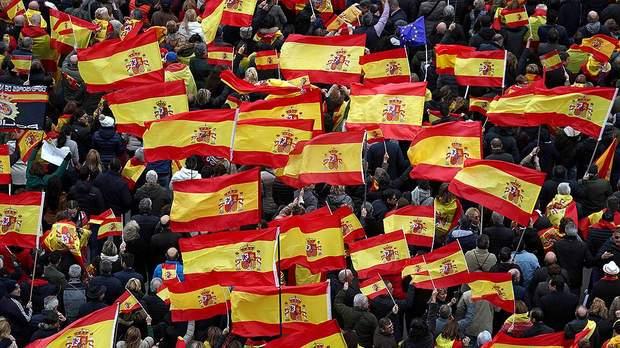 В парламент Испании может пройти ультраконсервативная партия Vox