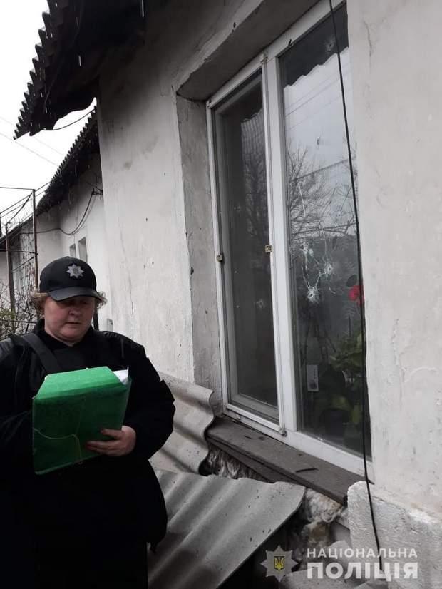 війна на донбасі луганщина золоте-4 бойовики росія обстріл житлові будинки