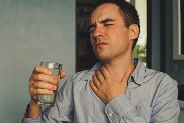 Забудьте про льодяники від болю у горлі