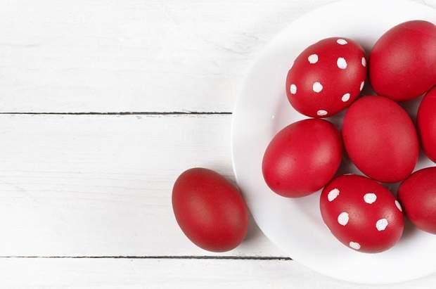 Яйця в горошок