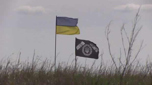 На Донбасі неспокійно, терористи продовжують обстріли