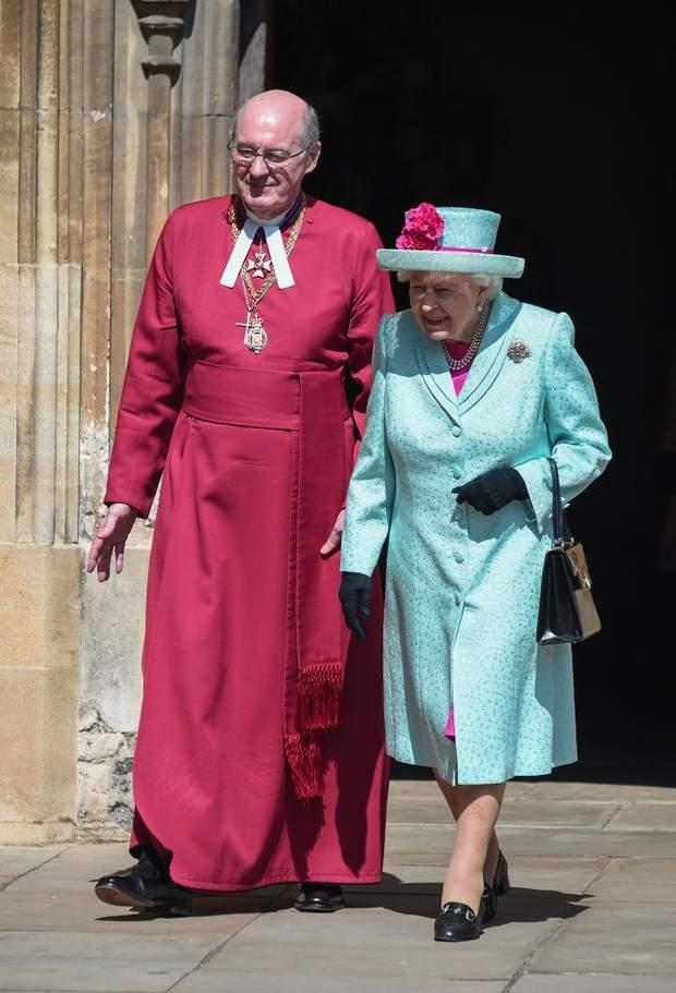 Королева Єлизавета ІІ після богослужіння