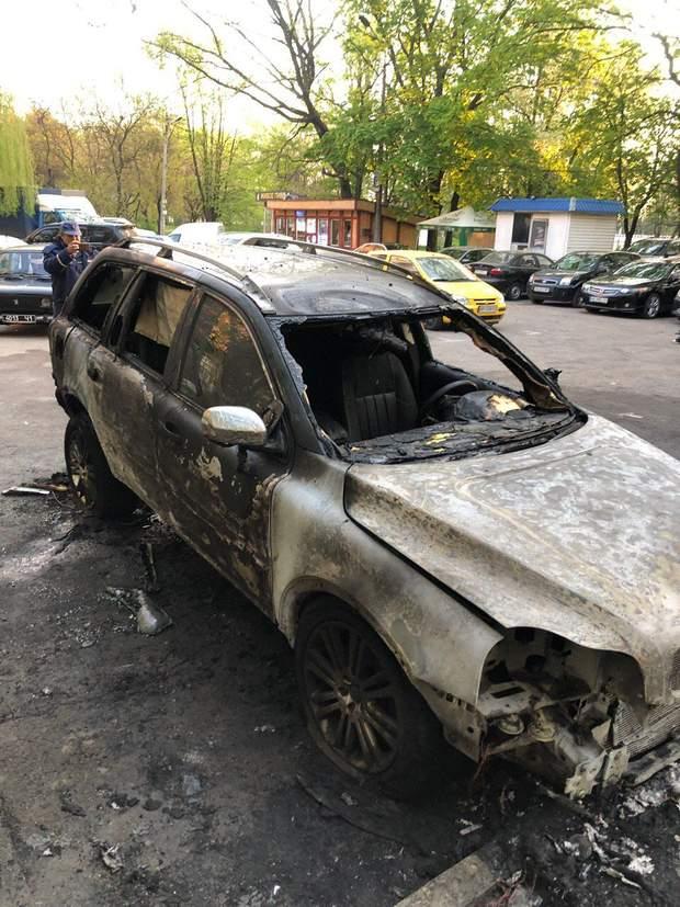 дніпро підпал авто журналісти пожежа
