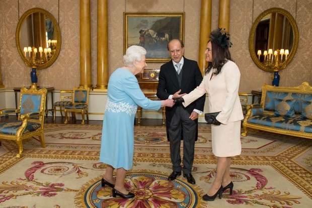 Королева Єлизавета ІІ під час офіційного прийому