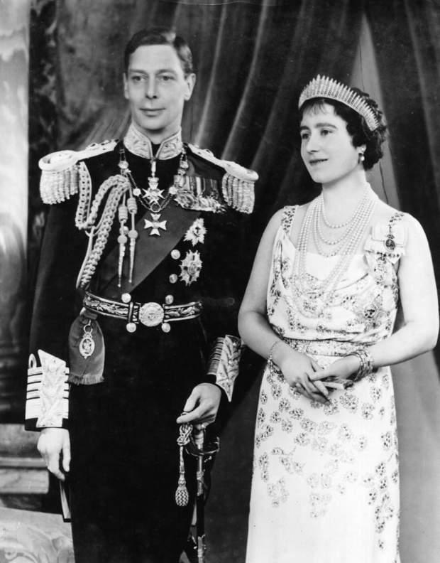 Мама і батько Єлизавети ІІ