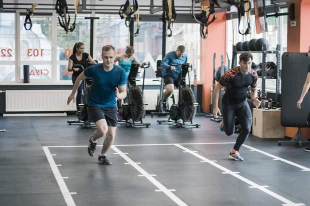 Фізична активність  особливо корисна для людей, які мають розумову роботу