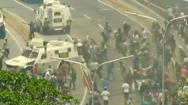 мадуро танки венесуела