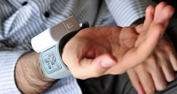 При купівлі тонометра для літньої людини звертайте увагу на наявність звукового супроводу