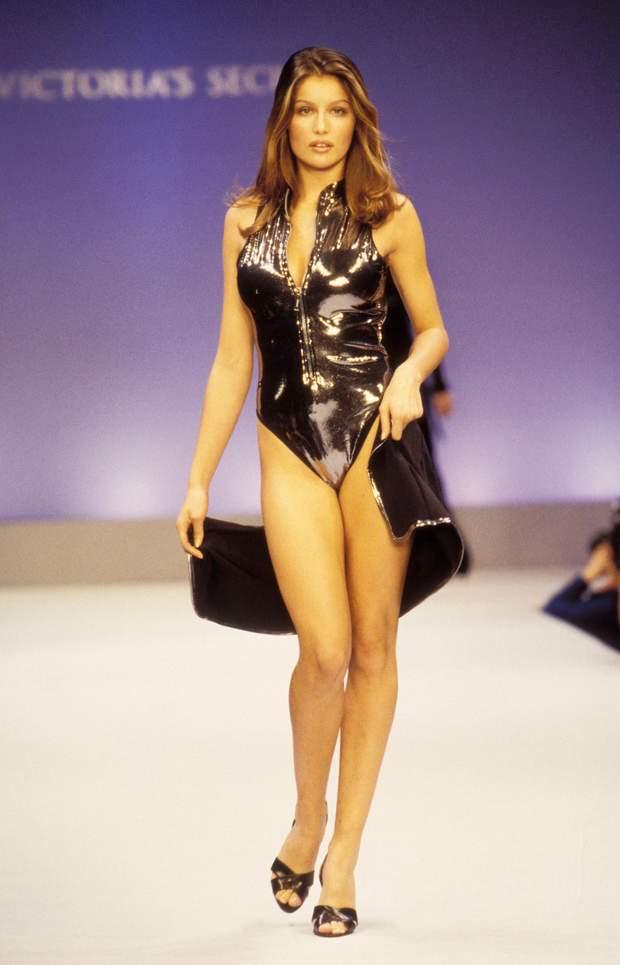 Летиція Каста 1996 рік ангел Victoria's Secret