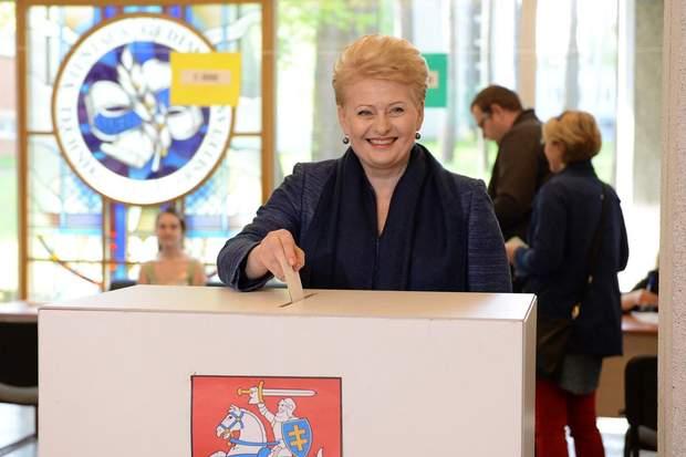 Президентка Литви Даля Грибаускайте проголосувала на виборах