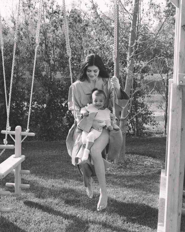 Кайлі Дженнер з донькою