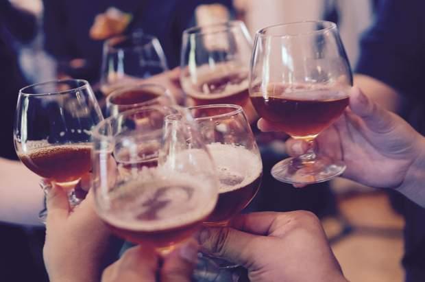 Зловживання алкоголем викликає рак