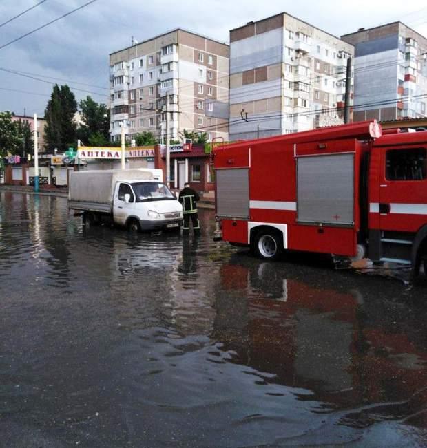 Кропивницький негода дощ затопило вулиці дороги