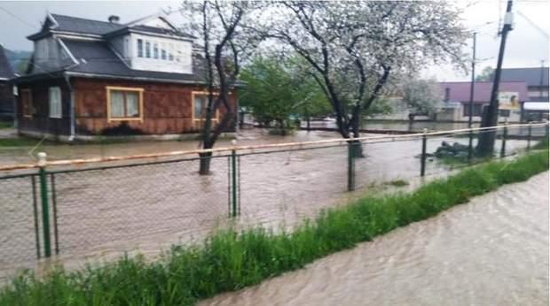 Повінь Прикарпаття Івано-Франківська область Микуличин негода затоплення