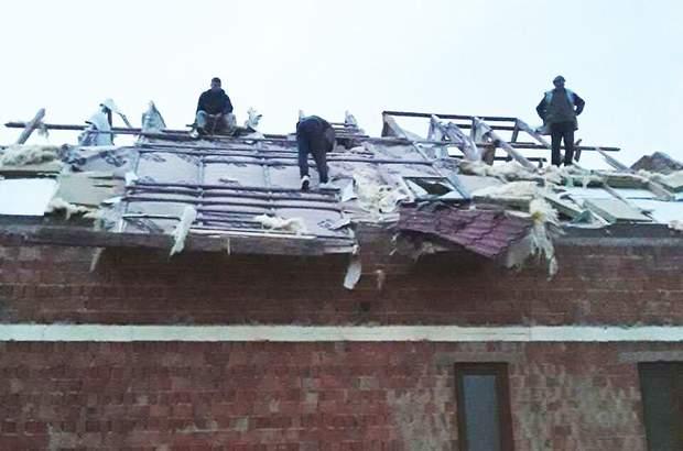 Негода Україна смерч ураган дощ зірвані дахи