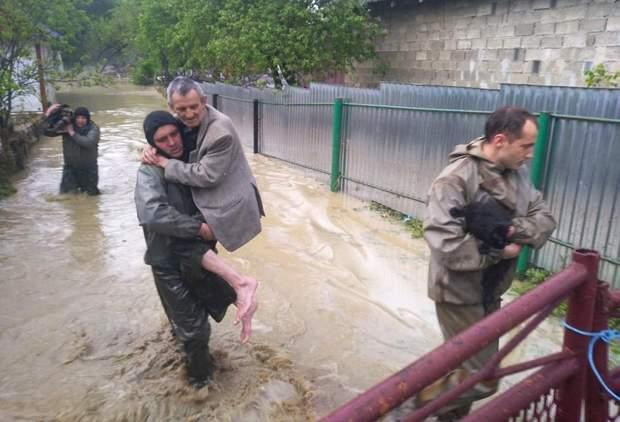 Негода на Прикарпатті