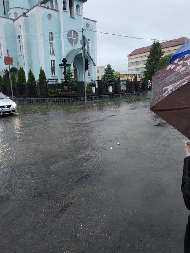 Закарпаття потоп повінь дощ злива Виноградів