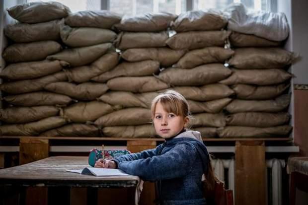 Діти на Донбасі