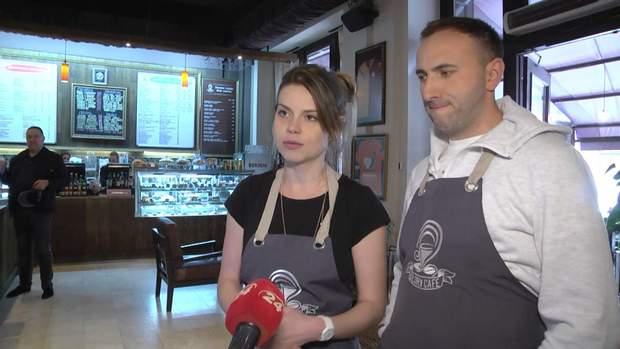 Львівські радіоведучі приміряли на собі роль офіціантів
