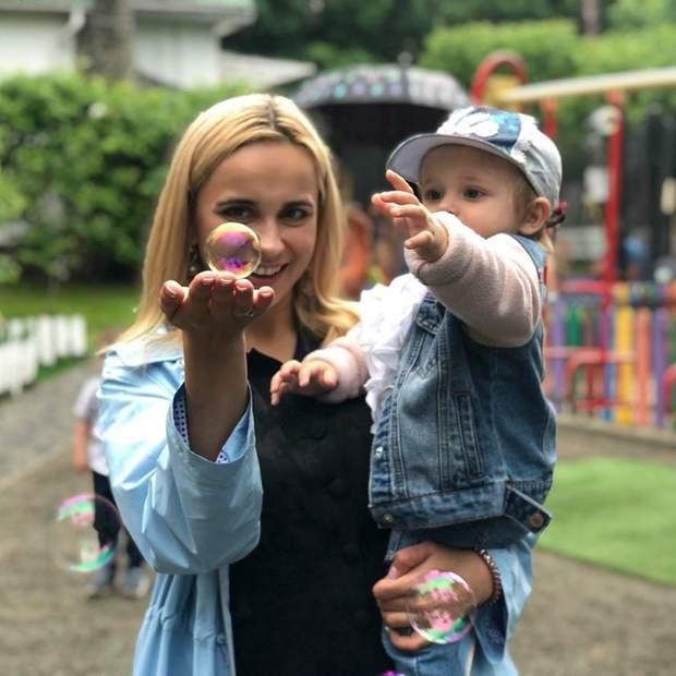 Телеведуча Лілія Ребрик з донькою Поліною