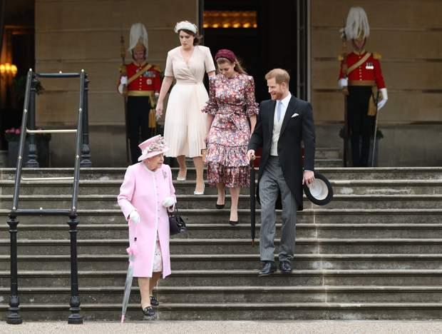 Єлизавета ІІ і її внуки