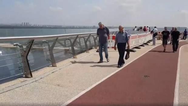 міст Кличка Київ тріщини паркан