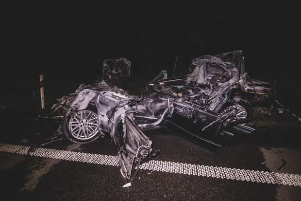 Все, що залишилось від автомобіля